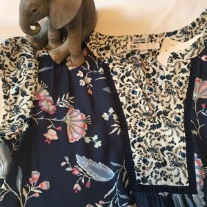 ✨SALE✨BNWT Ladies floral tunic top - Daniel Rainn